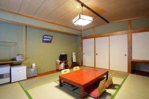 room01-300x200
